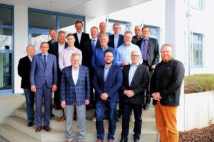 Das Gruppenfoto entstand nach der konstituierenden Sitzung der aktuellen IHK-Regionalversammlung. Foto: ihk