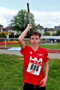 Kilian Krah verteidigte bei den nordhessiscshen Wurfmeisterschaften seinen Vorjahrestitel im Speerwerfen und wurde zusätzlich noch Nordhessenmeister im Kugelstoßen der M14. Foto: nh