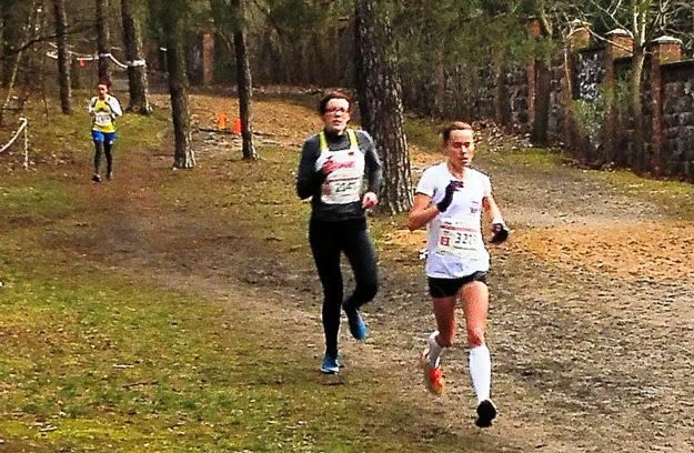Luise Zieba beim 8km-WM-Crosslauf, in dem sie als beste Deutsche den 9. Platz belegen konnte. Foto: nh