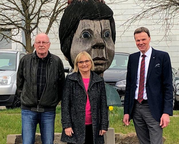 Zu einem informellen Treffen war die Grüne Bundestagsabgeordnete Dr. Bettina Hoffmann nach Willingshausen gefahren. Foto: nh