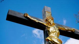 Die Passion Christi endet am Kreuz. Foto: Matthias Grießhammer | Pixabay