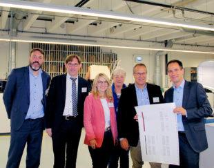 Innovation made in Nordhessen (v.li.): Alexander Katzung, Dr. Thorsten Lieb, Wiebke Knell, Marion Viereck, Jürgen Lenders, Frank Jäger. Foto: nh