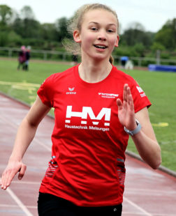 Die 15-jährige Ella Gleim erzielte sowohl über 100 als auch über 200 Meter die Tagesbestzeiten. Foto: nh