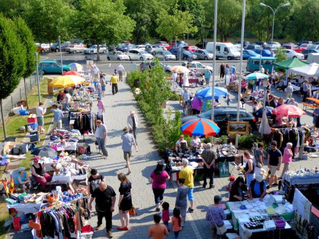 Am Sonntag ist wieder Flohmarkt in Melsungen. Foto: nh