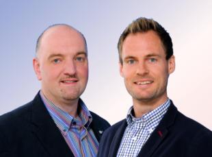 IHK-Experten Alexander Weis und Enrico Gaede. Foto: nh | Montage: gsk