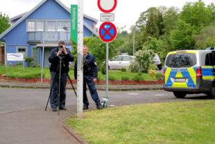 Mitarbeiter des Verkehrsdienstes bei der Geschwindigkeitskontrolle. Foto: Polizei