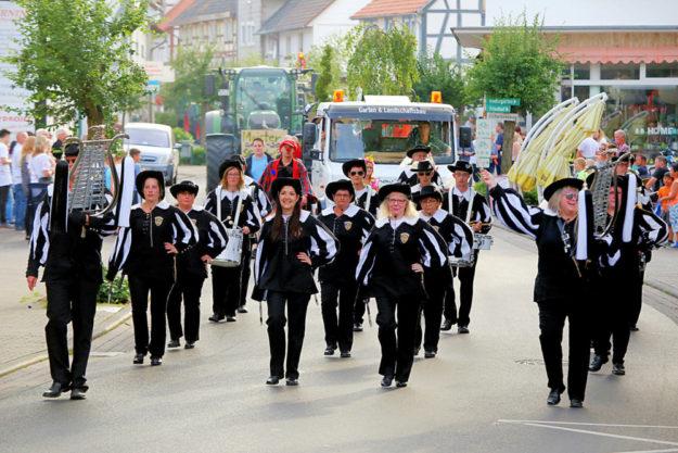 Musikgruppen, Fanfaren, Blechd ... an guter Unterhaltung wird es der Kirmes garantiert nicht mangeln. Foto: Rainer Sander