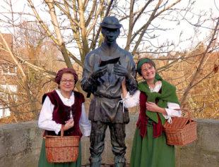 's Lisbeth mit dem Bartenwetzer. Foto: Kultur- & Tourist-Information