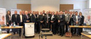 Tagungsteilnehmer und Referenten auf Schloss Waldeck. Foto: IWG