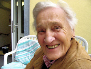 Die meisten Menschen wollen in vertrauter Umgebung altern dürfen. Der Pflegedienst Schwalm-Eder gibt Tipps, wie dafür das Wohnumfeld gestaltet werden kann. Symbolfoto: Gerd Altmann | Pixabay