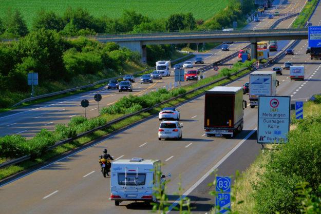 Autobahn A7 bei Malsfeld. Foto: Schmidtkunz