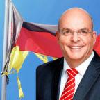 Hängt die SPD in Fetzen? Prof. Dr. Edgar Franke, MdB, referierte in Homberg über die Zukunft der Partei. Fotos: Kraehahn / Michi S | Montage: SEK-News