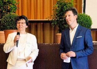 Organisatorin Claudia Thiel und Dr. med. Jochen Röthele vom Lymphnetz Mitteldeutschland e.V. Foto: nh