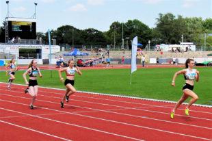 Maja Schorr holte sich den Titel über 300 m vor Vivian Groppe und Amelie Wachsmuth. Foto: nh
