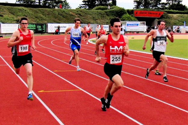 Marvin Knaust erreicht im 400m-Lauf der U20 den 2. Platz in Siegburg. Foto: nh