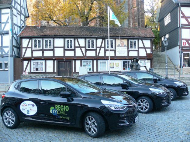 CarSharing-Fahrzeuge stehen in Homberg auch den Homberger Bürgerinnen und Bürgern zur Verfügung. Foto: Uwe Dittmer