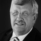 Dr. Walter Lübcke ist einem rechtsextrem motivierten Mord zum Opfer gefallen. Foto: nh