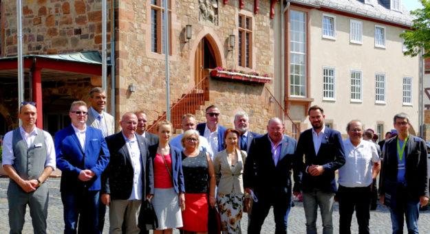 In Fritzlar konnte die Delegation bei einer Führung die Domstadt erkunden. Foto: nh