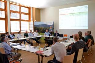 Die Teilnehmenden am Staatswaldforum 2019 im Forstlichen Bildungszentrum in Weilburg. Foto: M. Sundermann   HessenForst