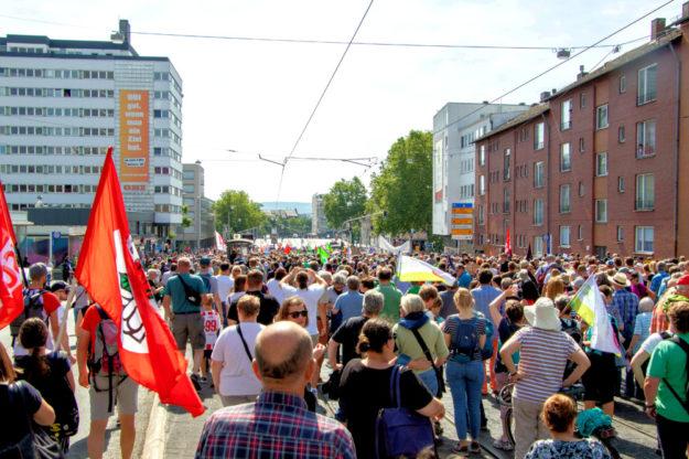 Eine klare Mehrheit der Bevölkerung stellte sich auch in Kassel gegen rechte Hetze. Foto: Andreas Gangl | Fototeam Ver.di Hessen