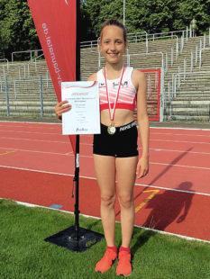 Kiara Schleider überraschte als Siegerin (U12) beim 1000m-Lauf in Baunatal. Foto: nh