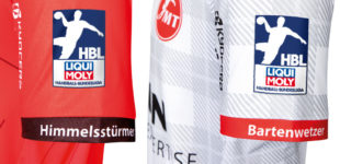 Die Namen der neuen Sponsoren stehen auf den Ärmeln der Trikots. Foto: nh