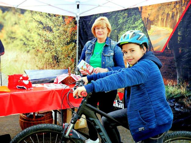 Natürlich wird auch in Hausen eine Stempelstation die Teilnahme am E-Bike-Gewinnspiel ermöglichen. Foto: Tourismusservice Rotkäppchenland
