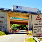 Brücke der A7 über die L 3153 zwischen Völkershain und Ellingshausen. Montage: Schmidtkunz