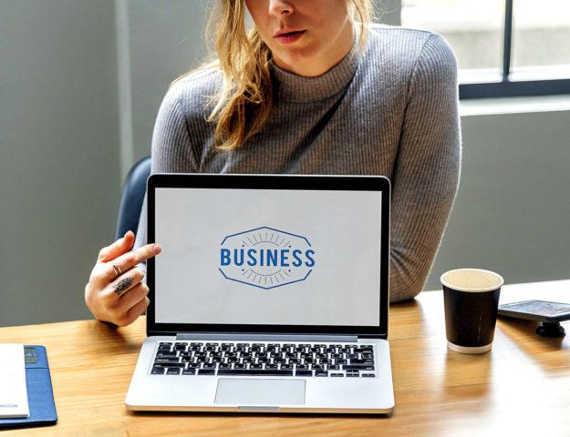 Über Business reden, darum geht es am Sprechtag. Foto: rawpixel | Pixabay