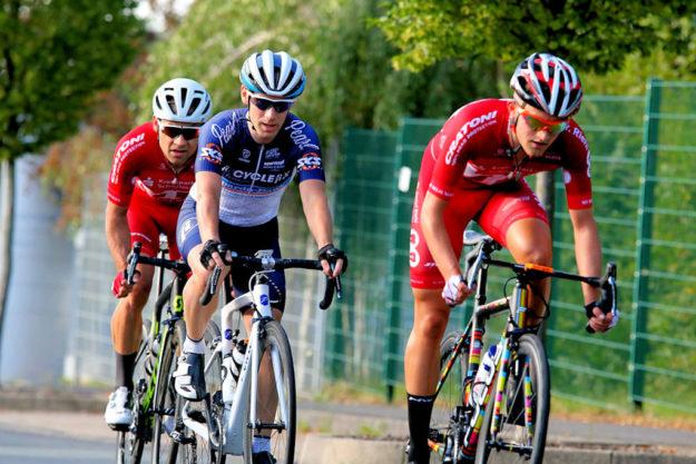Gute Zusammenarbeit bis sie das Feld überrundeten: Philipp Sohn, Hendrik Eggers und May Feger. Foto: Kristinas Radsportfotos