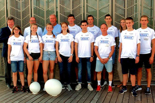 Das erfolgreiche MT-Team, dass von Firmenchef Dr. Jörg H. Kullmann (WIKUS) empfangen wurde. Foto: nh