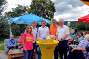 Die Landtagsabgeordnete Knell mit den Gastrednern (v.li.): Wiebke Knell, Ralf-Urs Giesen, Dr. Thorsten Lieb, Nils Weigand und Reinhold Hocke. Foto: FDP
