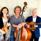 Das »Trio In-Between« spielt am Samstag, 24. August, ab 18:30 Uhr in der Hephata-Kirche. Foto: nh