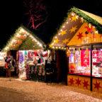 Für den Melsunger Weihnachtsmarkt im Winterwald hat die Stadt noch einige Standkapazitäten zu vergeben. Foto: Cornelia Schneider | Pixabay