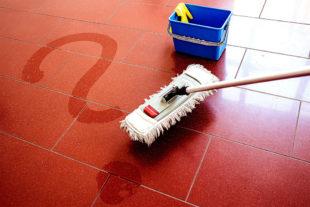 Es drohen massive Vertragsänderungen, und zwar bei Reinigungskräften. Doch die IG BAU warnt davor, sich auf Abstriche bei Lohn und Urlaub einzulassen. Was Arbeitgeber ihren Beschäftigten im Schwalm-EderKreis zumuten, soll jetzt eine Online-Umfrage ans Licht bringen: www.sauberkeit-braucht-zeit.de/umfrage. Foto: IG BAU