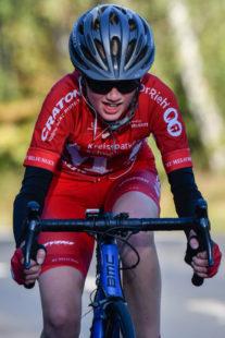 Joshua Sandrock (MT Melsungen) ist Sieger bei den Schülern. Foto: Jürgen Schormann