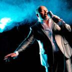 Mit Leidenschaft und Eleganz tritt Rey Valencia in der GudeBar auf. Die Formation liefert beste Latino-Tanzmusik. Foto: nh