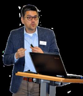 Begrüßte die Studierenden des Jahrgangs 2019/20: Prof. Dr. Michael Vilain, neuer Vizepräsident der Evangelischen Hochschule Darmstadt. Foto: nh