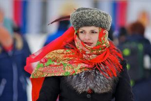 Menschen zwischen Ost und West, zwischen Tradition und Moderne – wie tickt Putins Russland seit der Krim-Krise? Foto: Dzhon Kopiski   Pixabay