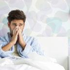 """Die echte Influenza ist kein Spaß. """"Um Viren so schnell wie möglich wieder loszuwerden, sollte man sich möglichst häufig und gründlich mit Seife die Hände waschen"""", rät Sandra Waltemode zur Vorbeugung in Ergänzung einer Grippe-Schutzimpfung. Foto: IPGGutenbergUKLtd"""