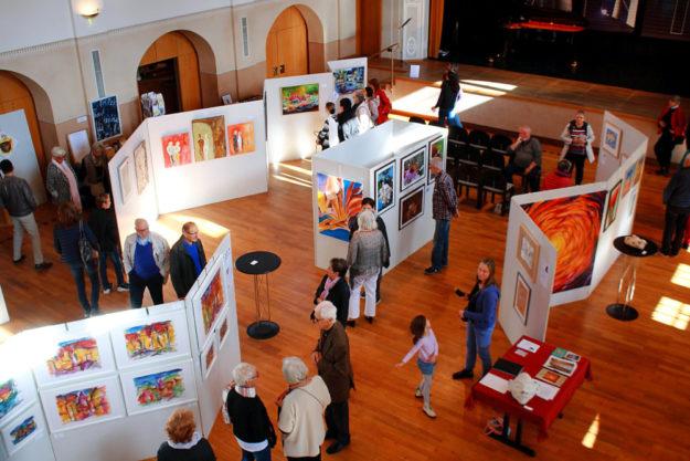 Jubiläum in der Stadthalle: Seit 25 Jahren lädt der Homberger Künstlertreff zu seinen Kunstausstellungen ein. Foto: adg