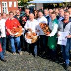 Auf dem Wecke- un Worschtmarkt unterzogen sich Innungsbetriebe der Fleischer und der Bäcker unabhänigen Kontrollen. Foto: Rainer Zirzow | nh