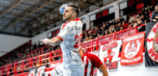 Michael Allendorf beim Rückspiel im Men's EHF Cup 2019/20, 3. Qualifikationsrunde: Olympiacos SFP (GRE) – MT Melsungen. Foto: Alibek Käsler