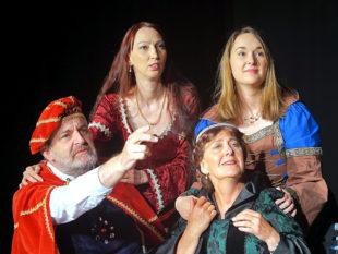 Familientwist am Königshof, vorgetragen von den Protagonisten des Singespiels. Foto: Lichtraum-Theater
