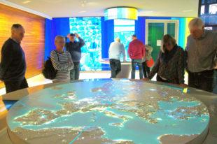 Verschiedene Ausstellungsbereiche im Parlamentsgebäude bringen Besuchern das Thema Europa näher. Foto: Schmidtkunz