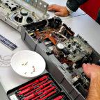 In einem erfolgreichen Premierenjahr konnten im Repair-Café etliche Geräte wieder flott gemacht und so wertvolle Ressourcen eingespart werden. Foto: nh