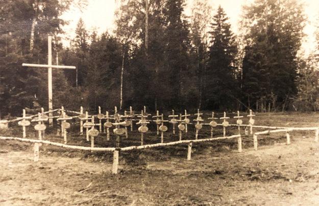 ... standen am Ende nur noch hastig ausgehobene Soldatenfriedhöfe Symbol für einen verbrecherischen und sinnlosen Vernichtungskrieg. Archiv: Schmidtkunz | SEK-News
