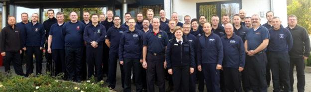 Feuerwehrführungskräfte aus dem gesamten Schwalm-Eder-Kreis mit der Kreisbrandinspektorin Tanja Dittmar. Foto: nh