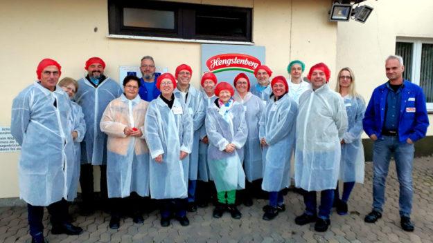 Unter der Arbeitskreis-Leitung von Rosie Hetzler-Roggatz besuchte SCHULEWIRTSCHAFT das Familienunternehmen Hengstenberg. Foto: nh