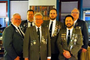 Vereinsmeister sind (v.li.): Peter Schmidt, Mirko Stiegel, Jürgen Hoppe, Christoph Siegel, Dietrich Fedrau und Joachim Stahr. Foto: nh
